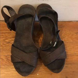 Roberto del Carlo brown suede wedge sandals 37